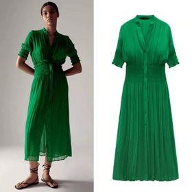 Váy xanh